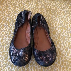 Lucky Brand Metallic Cracked Flats